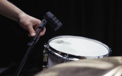 Microfoneo de toms
